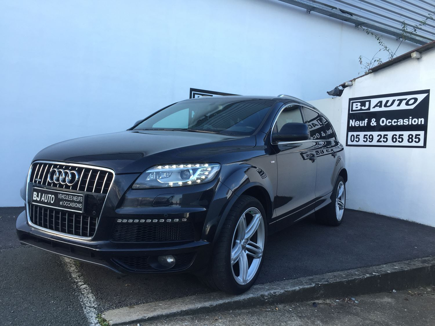 audi q7 bj auto pays basque et landes v hicules neufs et d 39 occasion. Black Bedroom Furniture Sets. Home Design Ideas