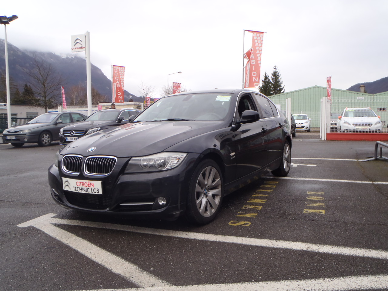 voiture bmw s rie 3 320d xdrive 184ch edition connecteddrive occasion diesel 2011 61100 km. Black Bedroom Furniture Sets. Home Design Ideas