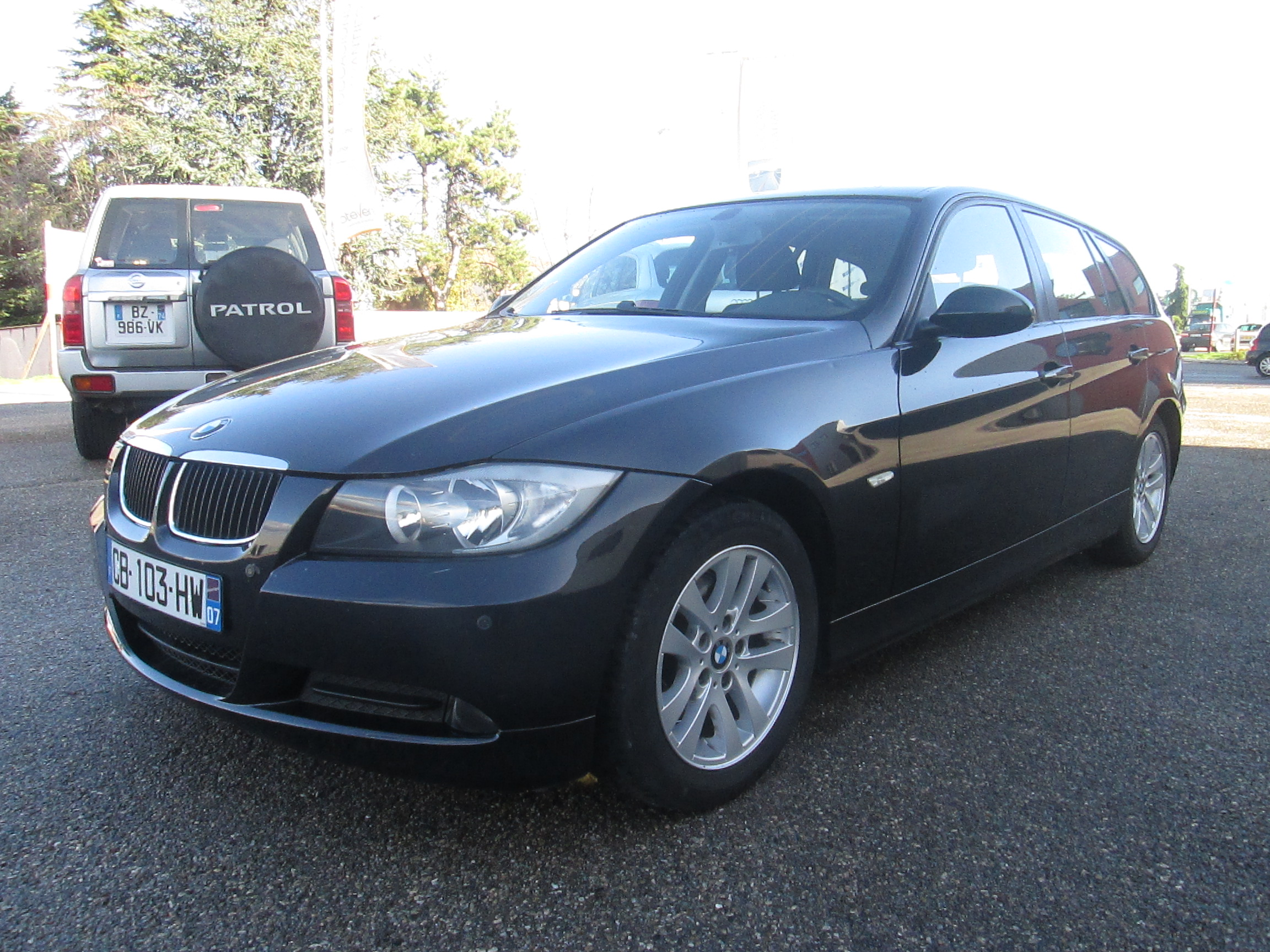 voiture bmw s rie 3 s rie 3 e91 touring 320d confort occasion diesel 2007 88197 km 11990. Black Bedroom Furniture Sets. Home Design Ideas