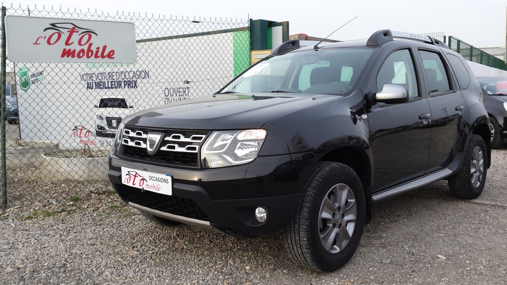voiture dacia duster prestige 1 5 dci 110 4x4 gps occasion diesel 2014 50500 km 14700. Black Bedroom Furniture Sets. Home Design Ideas