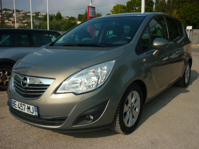 voiture opel meriva 1 7 cdti 110 fap connect pack occasion diesel 2010 71800 km 8990. Black Bedroom Furniture Sets. Home Design Ideas