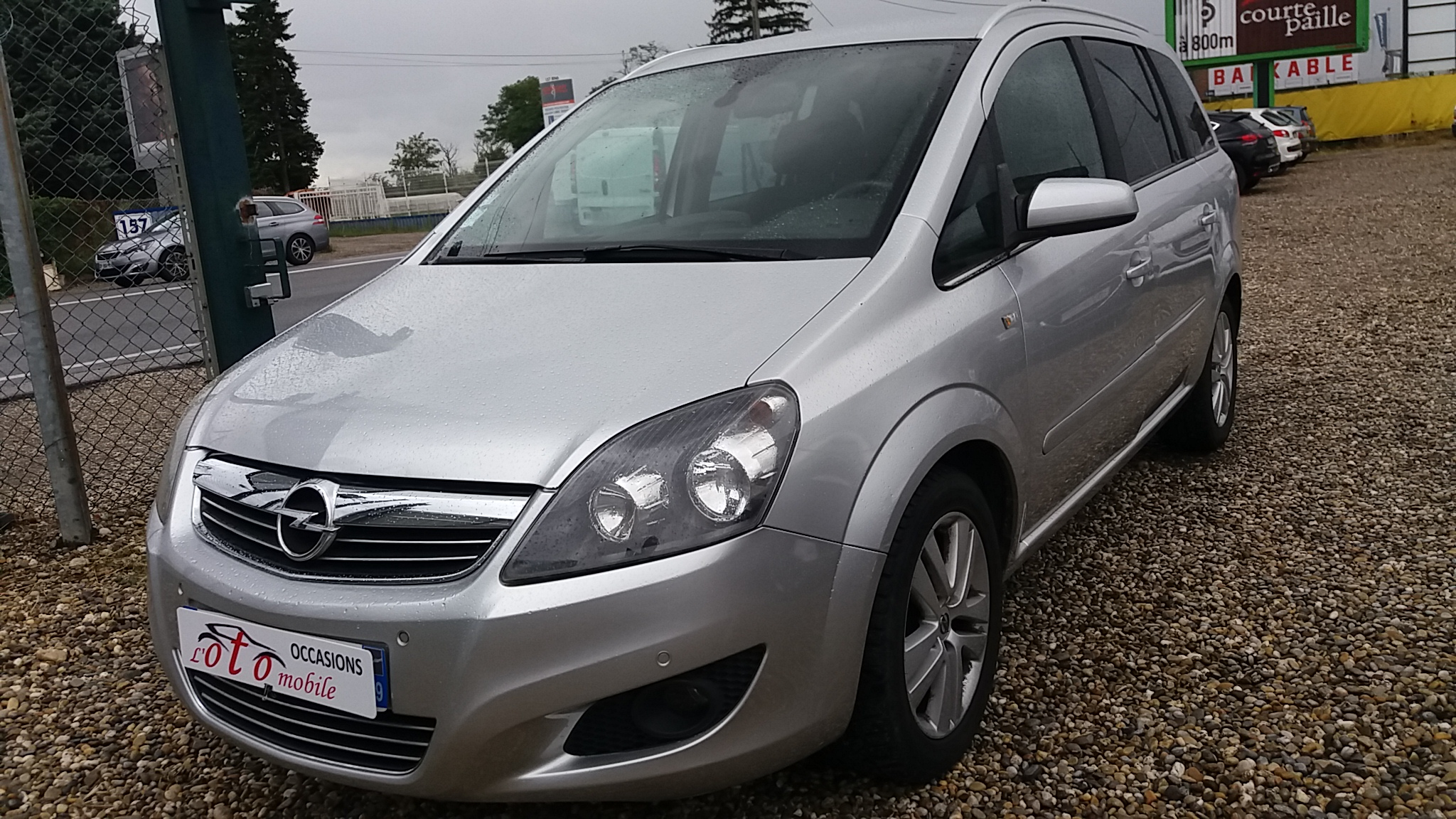 voiture opel zafira 1 7 cdti 125 magnetic occasion diesel 2008 164900 km 5890 saint. Black Bedroom Furniture Sets. Home Design Ideas