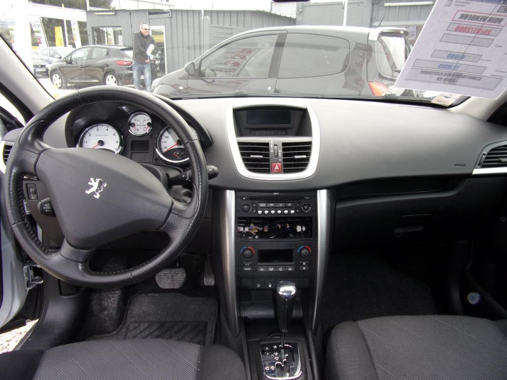 voiture essence peugeot 207 d 39 occasion bouc bel air moins de 40000 km 7900 euros. Black Bedroom Furniture Sets. Home Design Ideas
