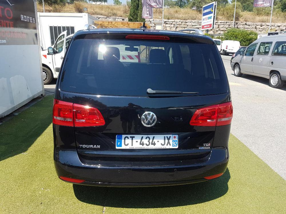 voiture diesel volkswagen touran d 39 occasion draguignan moins de 115000 km euros. Black Bedroom Furniture Sets. Home Design Ideas