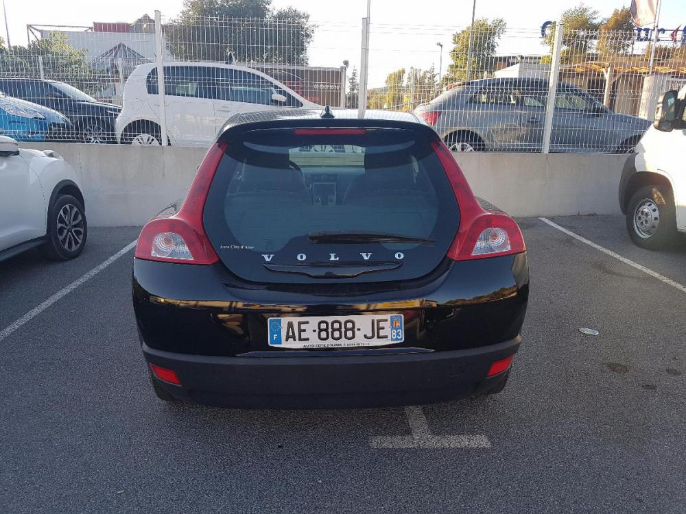 voiture essence volvo c30 d 39 occasion draguignan moins de 74000 km 6000 euros. Black Bedroom Furniture Sets. Home Design Ideas